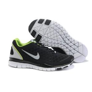 check out 55ee1 05036 Nike Free TR Fit Chaussures de Course Pied Pour Homme Blanc Noir