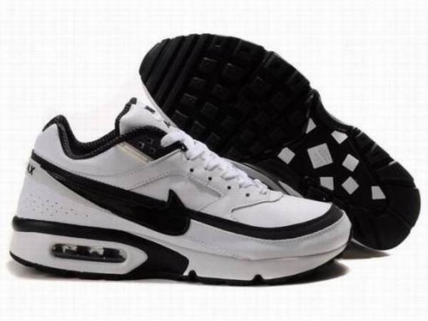 Baskets Nike Air Max Classic BW (GS), Pointure 38: