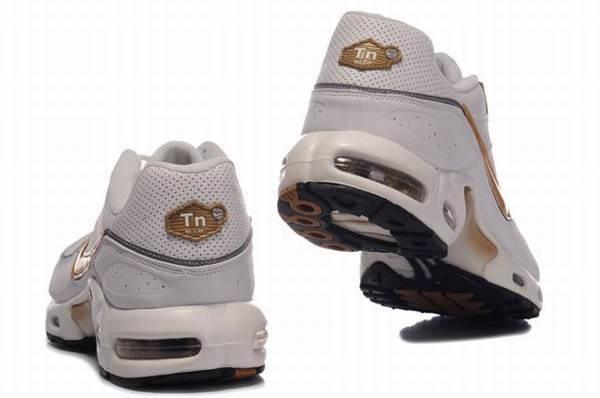 nike chaussures wikipedia
