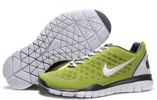 best cheap deec3 13ab0 Nike Free TR Fit Chaussures de Course Pied Pour Homme Vert Blanc
