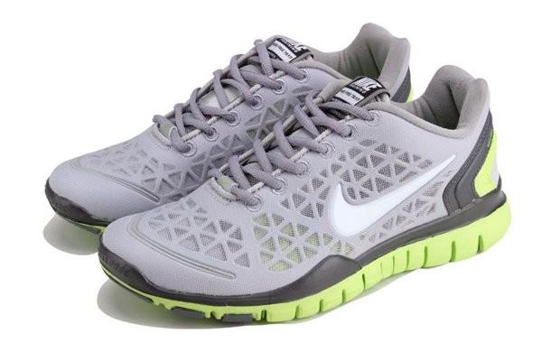 new style e126c e5387 Nike Free TR Fit Chaussures de Course Pied Pour Homme Gris Vert jaune Noir
