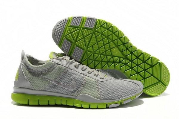 san francisco dbf1d dbbd1 Nike Free TR Twist Chaussures de Training Pour Homme Gris Vert